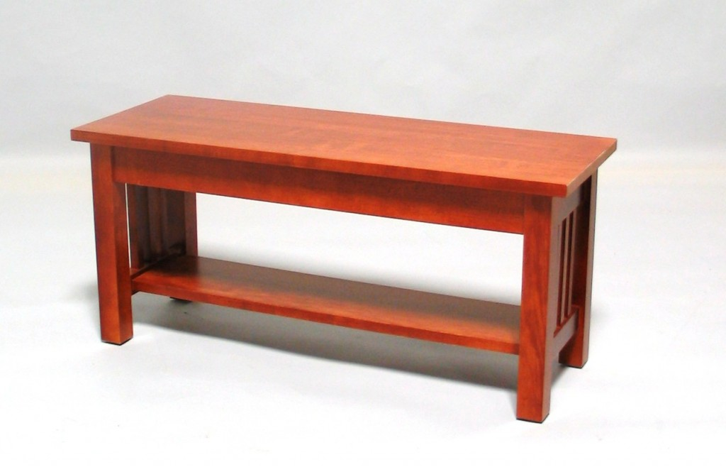 2021-36 Maple Mission bench - Early American