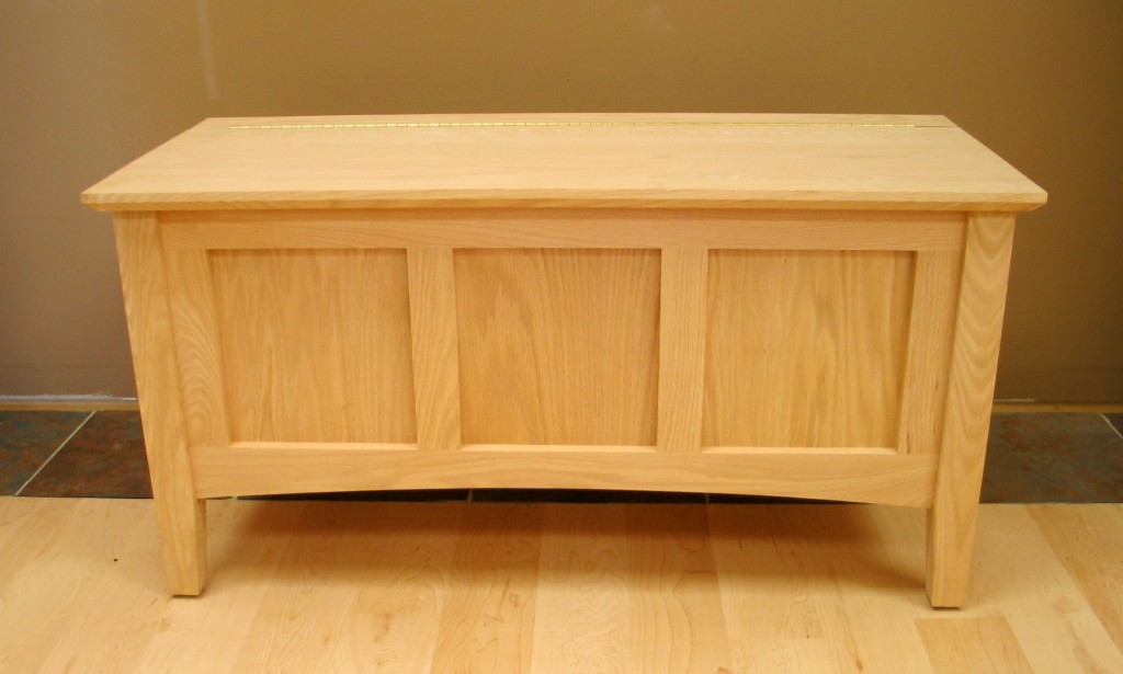 Shaker Deep Storage Bench 24 Series