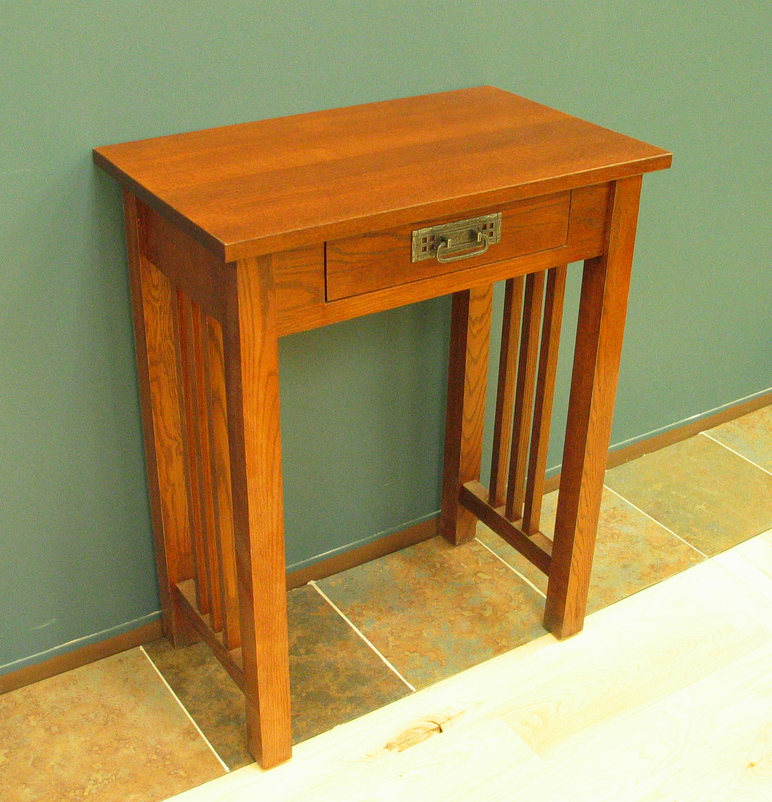 Hall Table w Drawer