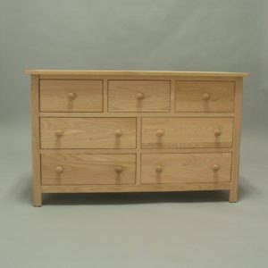 33207 Red Oak Homestead Oak 7 Drawer Dresser - Unfinished