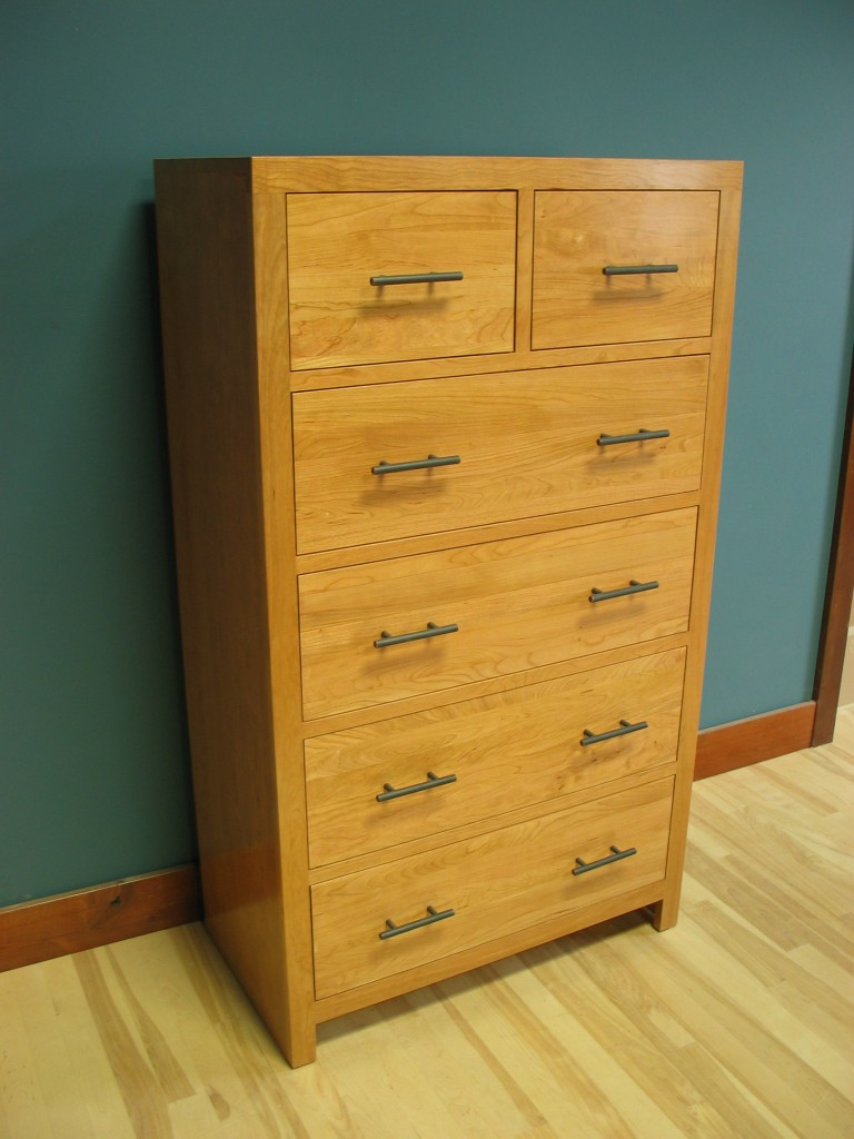 43205-DS Modified Cherry Contemporary 5 Deep Split Drawer Chest Natural Stain